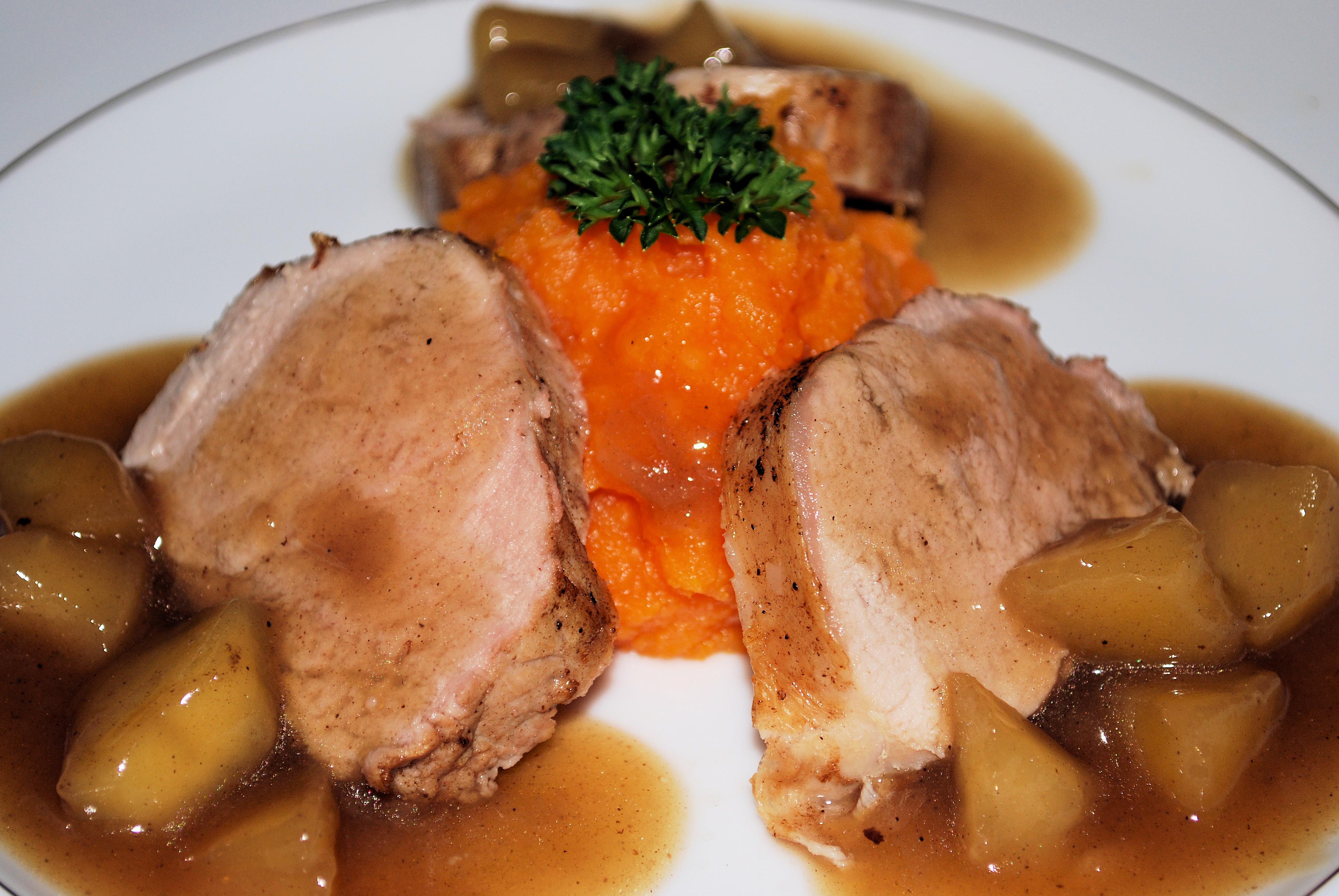 Pork Tenderloin with Apple Fume Blanc Sauce